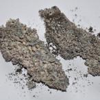 Spečený popel z nekvalitních pelet