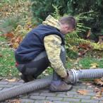 Napojování hadic pro foukání pelet cisternou