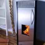 Jak fungují automatické kotle na pelety a kolik lze při vytápění ušetřit?